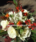 Orange-White-Rose-Bouquet