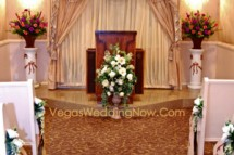 Wedding-chapel-01-glisten-interior-hth